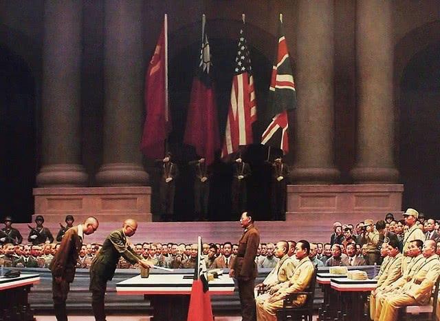 日本戰敗后,此陸軍大將想效忠天皇,剖腹兩次都不成功