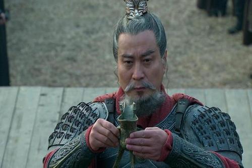 三國最坑主謀士,主公被坑得至死方休!網友:他是對手派來的吧?