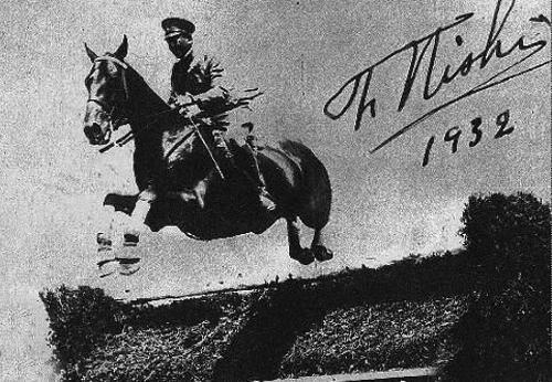 這個日軍軍官竟是奧運會冠軍,連美軍將士都是他的粉絲