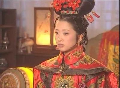 她是康熙最早的妃子,本有機會成為皇后卻被父親連累,后登上后位
