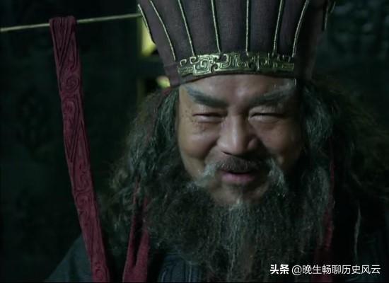 王莽和董卓兩位漢賊,使漢朝兩度傾覆,到底誰對漢朝破壞力更大?