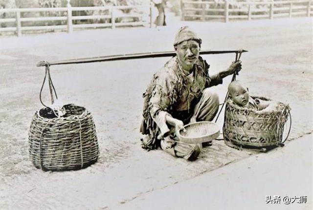 乾隆年間奇聞:乞丐訓人為狗被揭穿,賊窩之中更是凄慘不堪